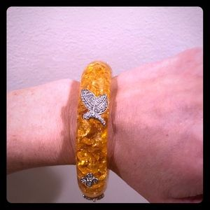 Jewelry - Amber Resin bracelet